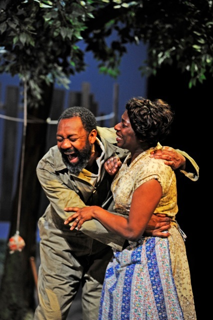 1.Fences, Lenny Henry and Tanya Moodie (c)Nobby Clark[3]